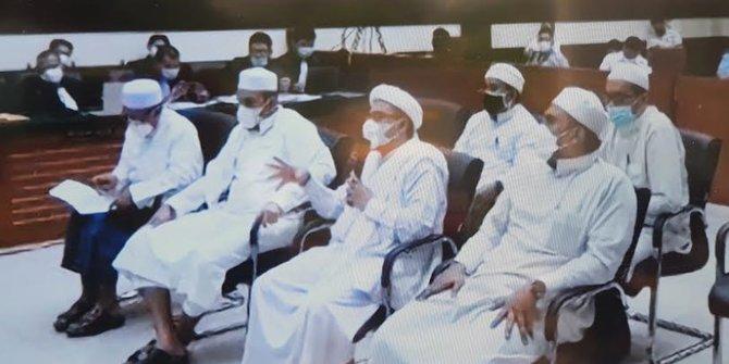 Rizieq Dituntut 10 Bulan Penjara Terkait Kasus Kerumunan Megamendung