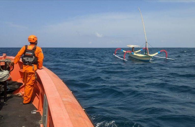 Jatuh dari Jukung, Nelayan Asal Benoa Hilang di Perairan Nusa Dua