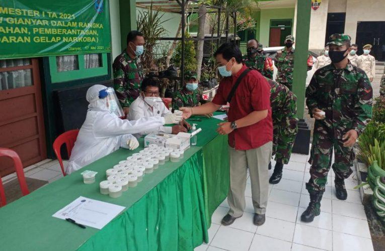 Cegah Penyalahgunaan Narkoba di Kalangan Anggota TNI, Personel Kodim Gianyar Dites Urine