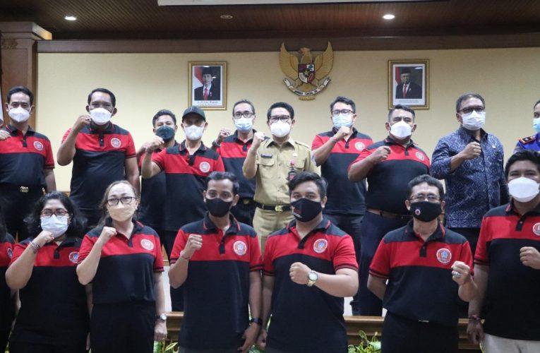 Sekda Adi Arnawa Kukuhkan Pengurus FPRB Badung 2021-2024